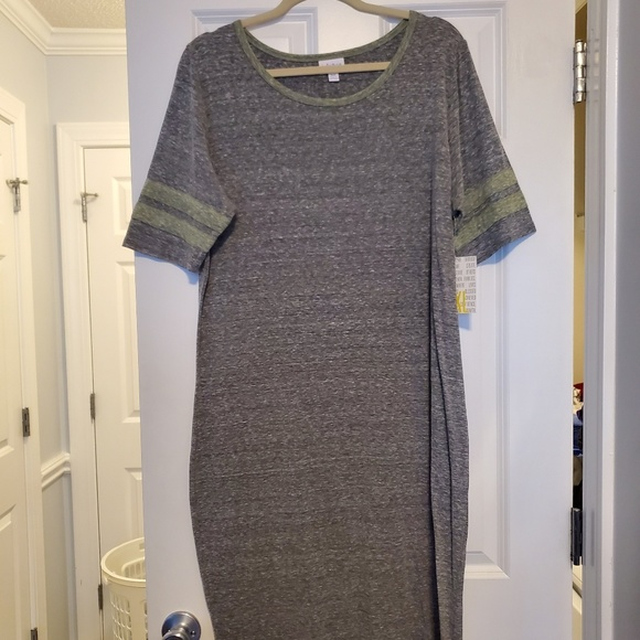 LuLaRoe Dresses & Skirts - LuLaRoe Julia Dress